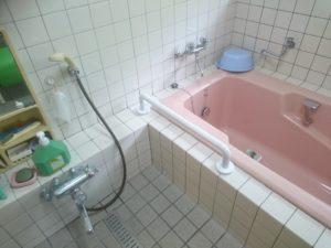 浴室手すり取り付け